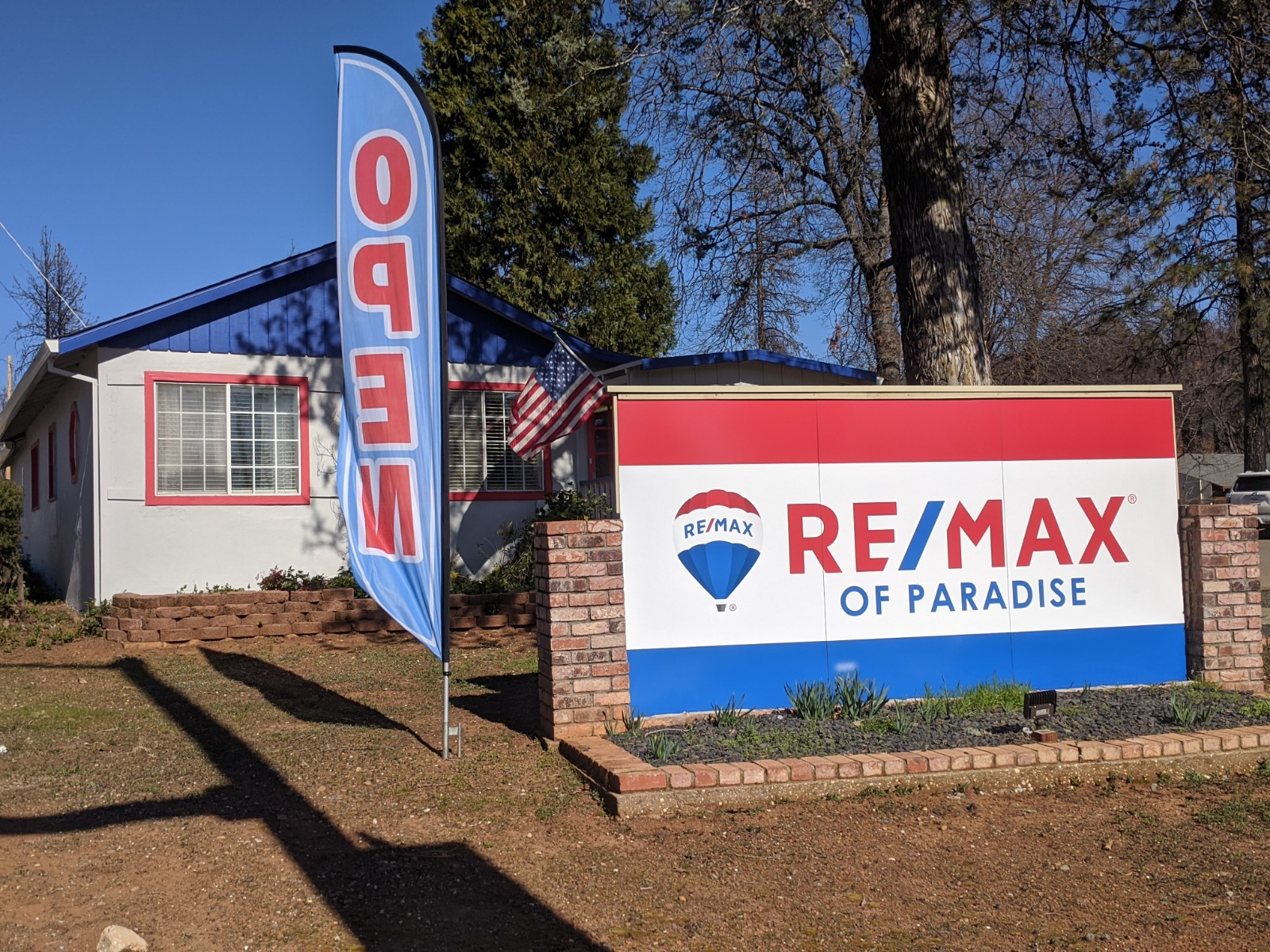 RE/MAX of Paradise