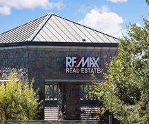 RE/MAX Select One - The McGuire Team