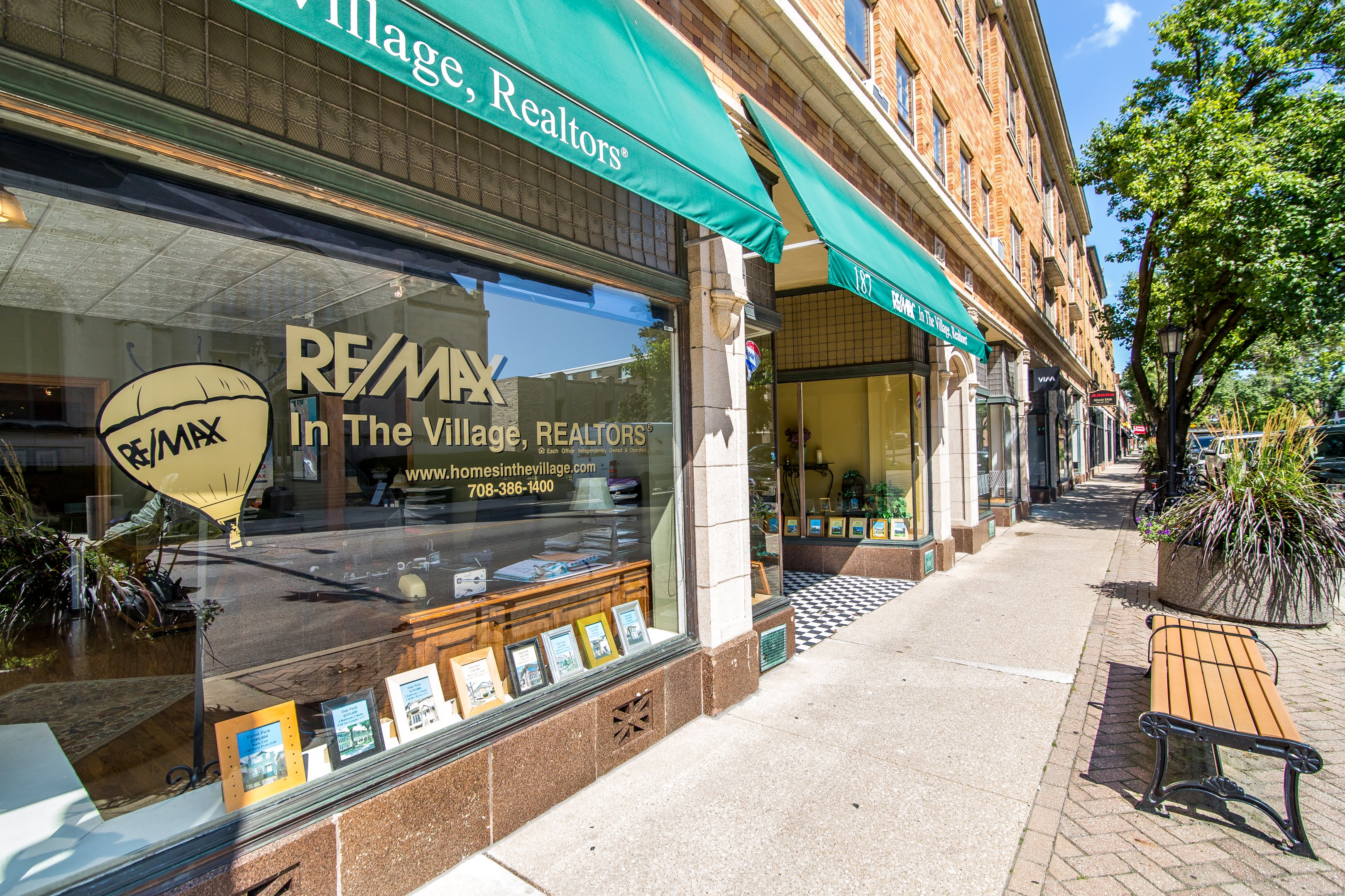 RE/MAX In the Village
