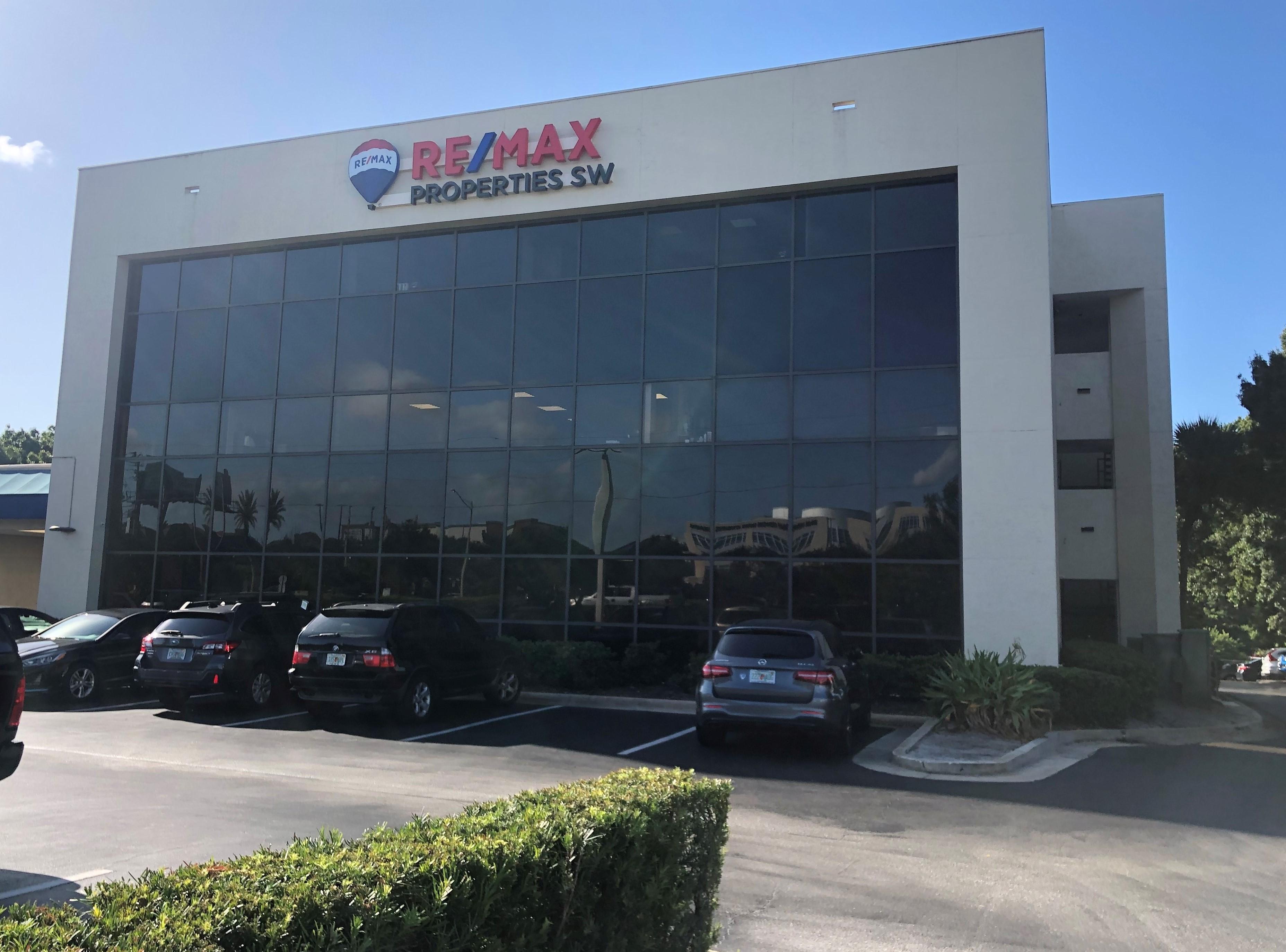 RE/MAX Properties SW Inc