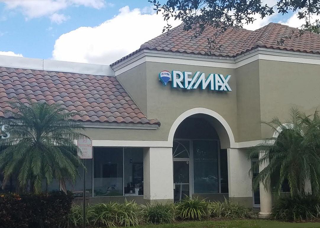RE/MAX Realty Associates