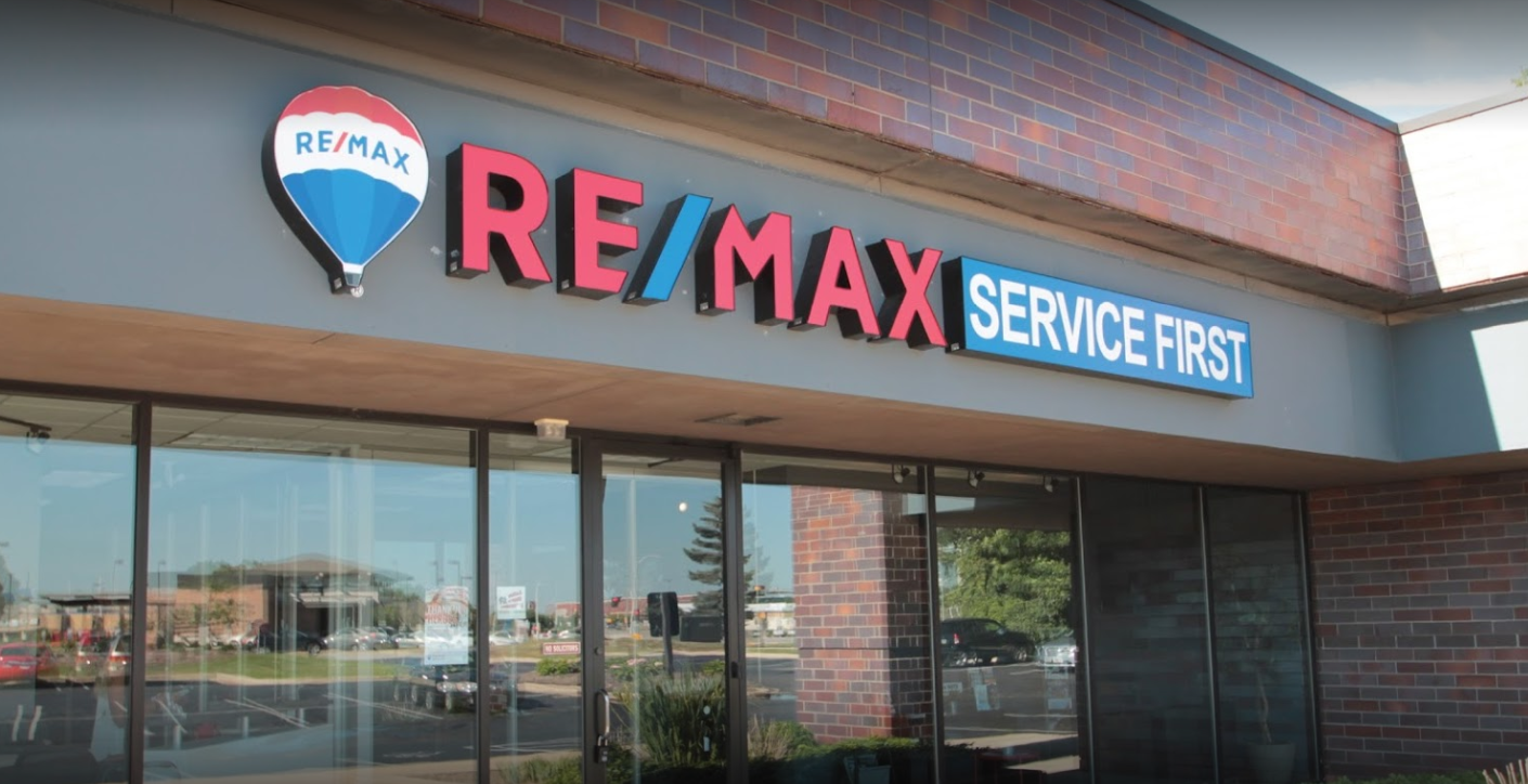 RE/MAX Service First