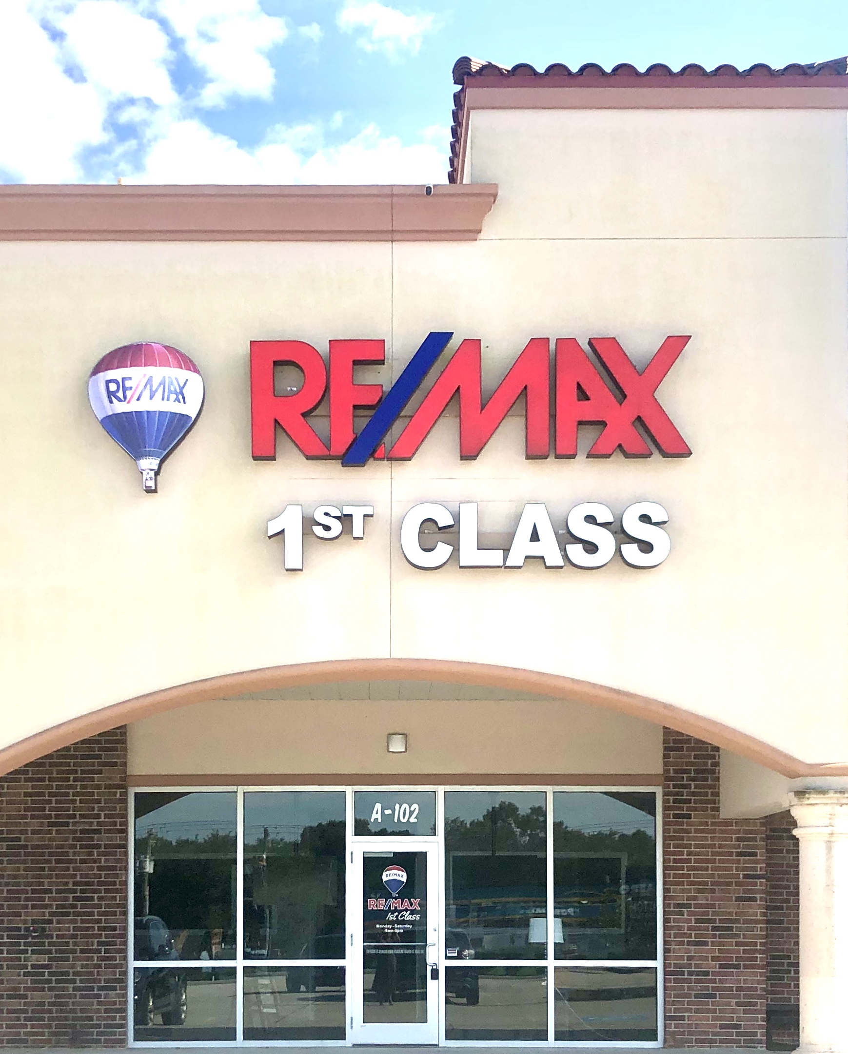 RE/MAX 1st Class