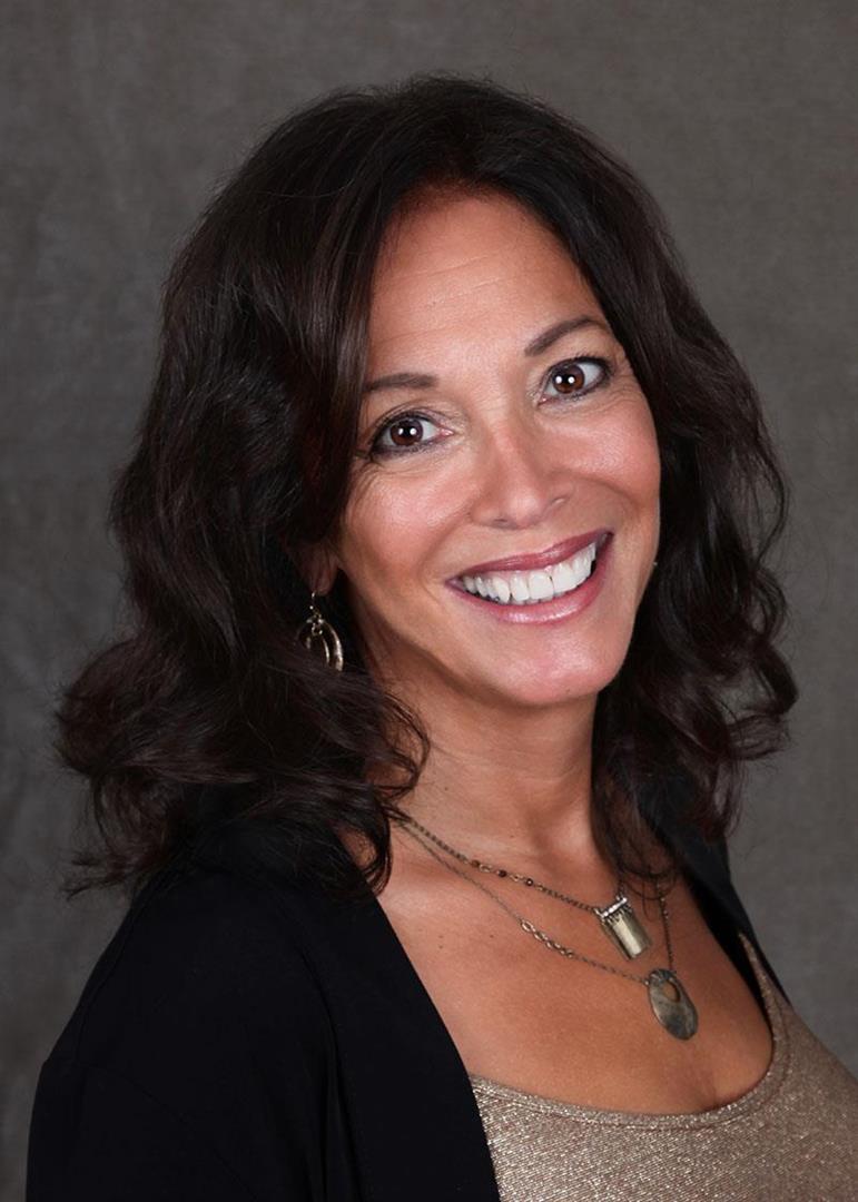 Patricia R. Naparstek