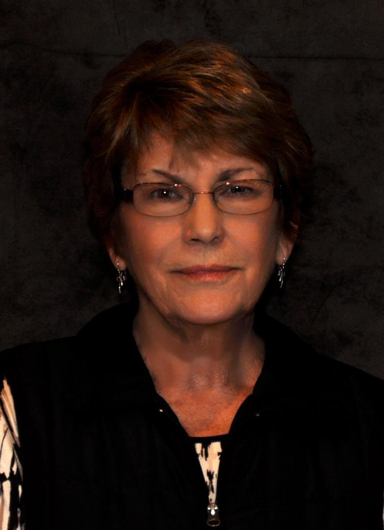Mary Lou Summy