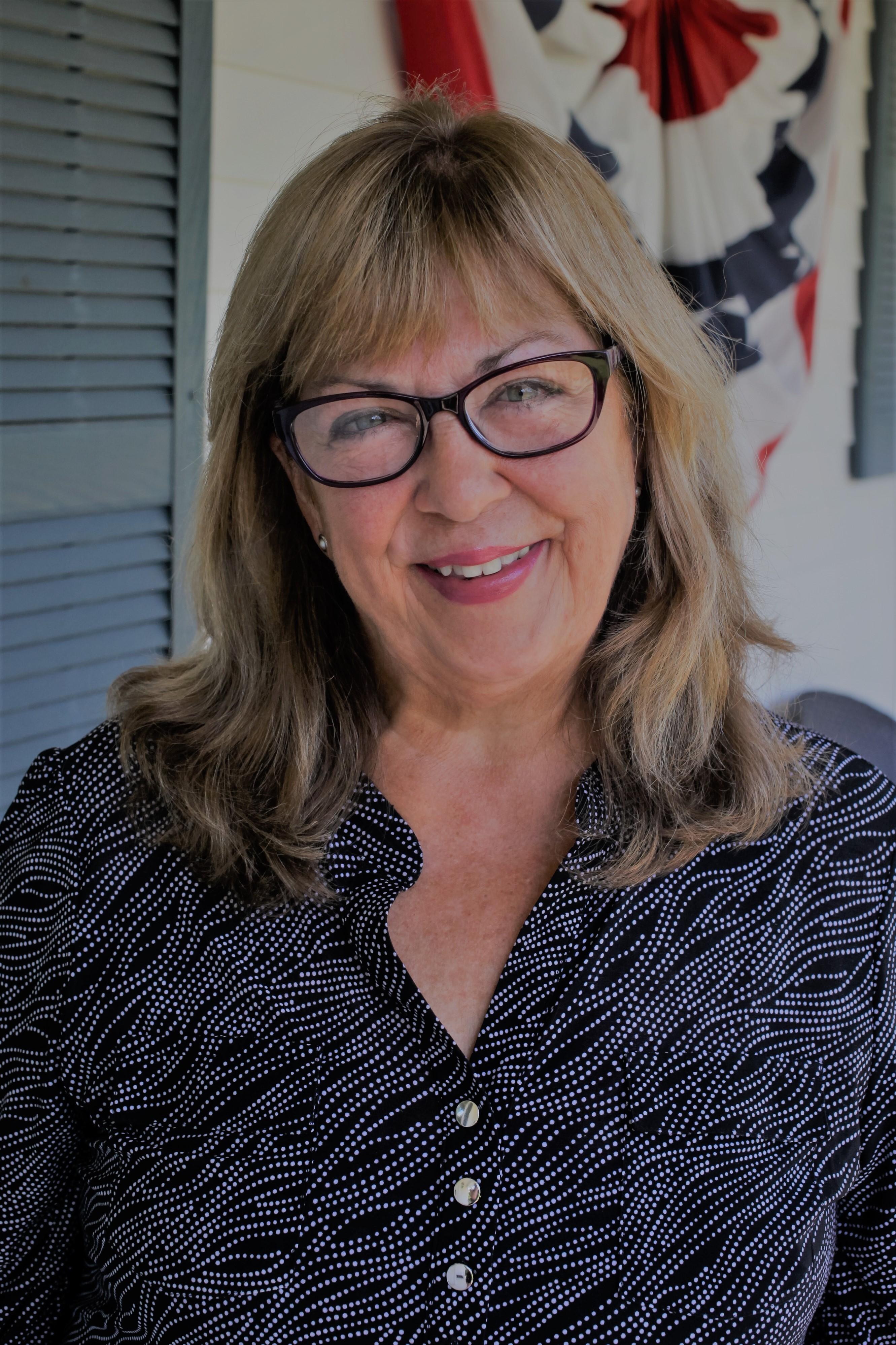 Barbara undefined Mullet