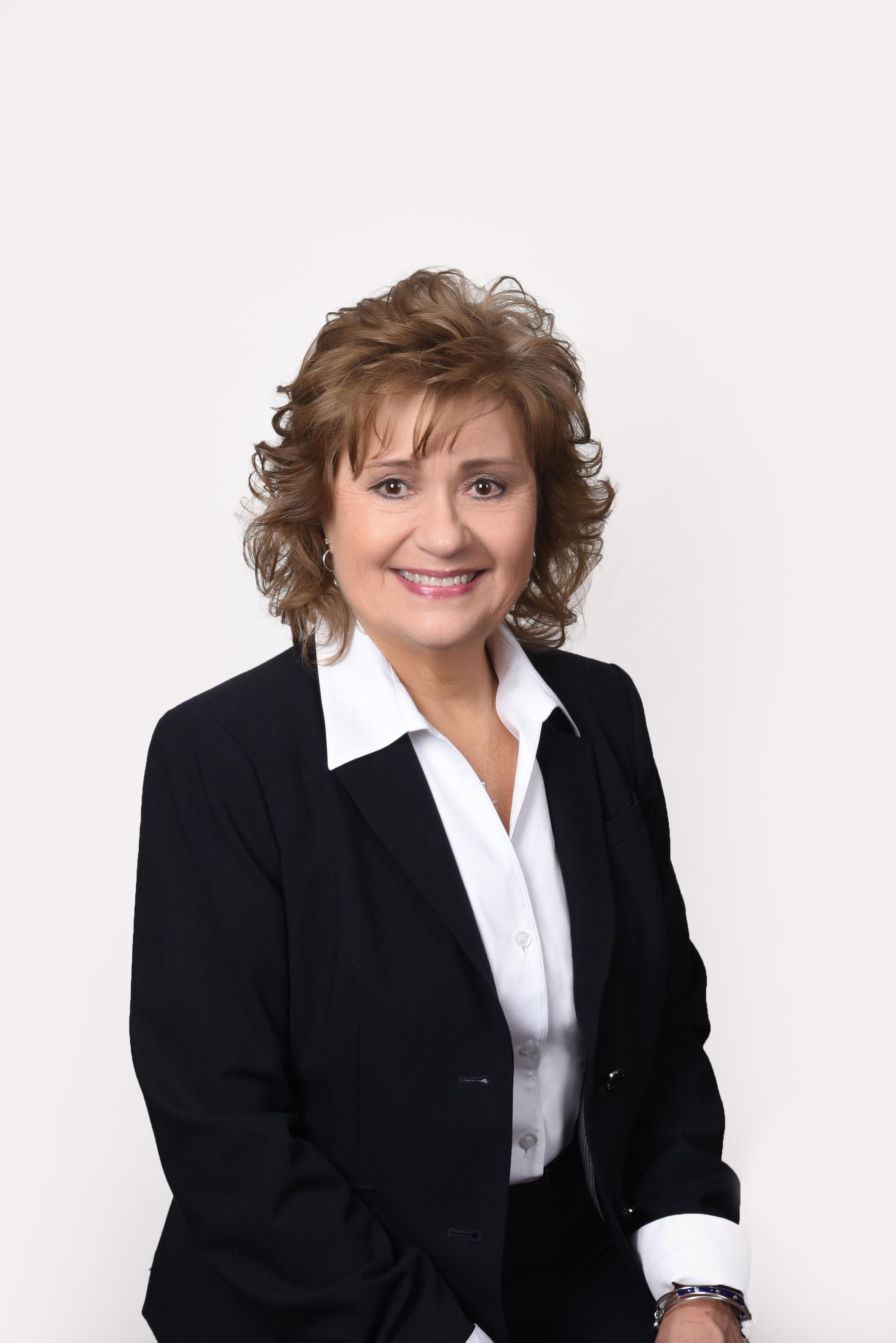 Debbie Cash