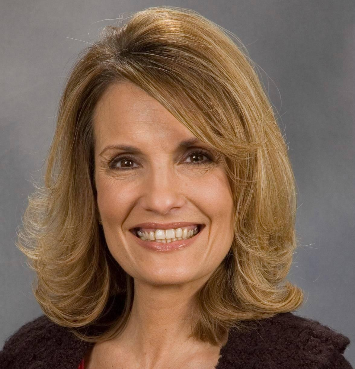 Janine undefined Nielsen