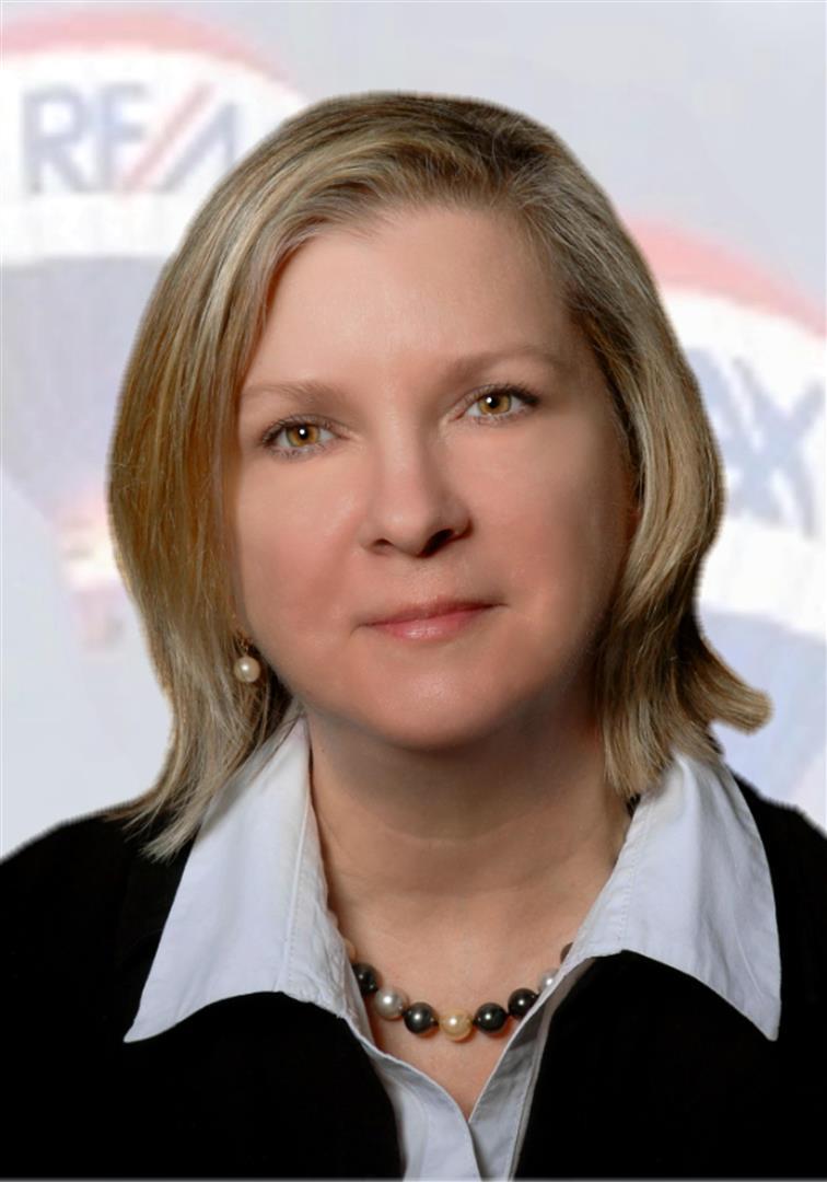Sue undefined Hurley