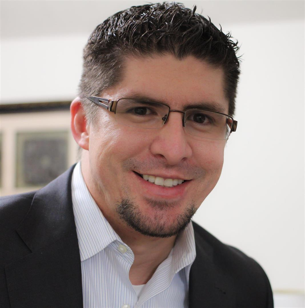 Jose undefined Figarella, SRS, CNE.