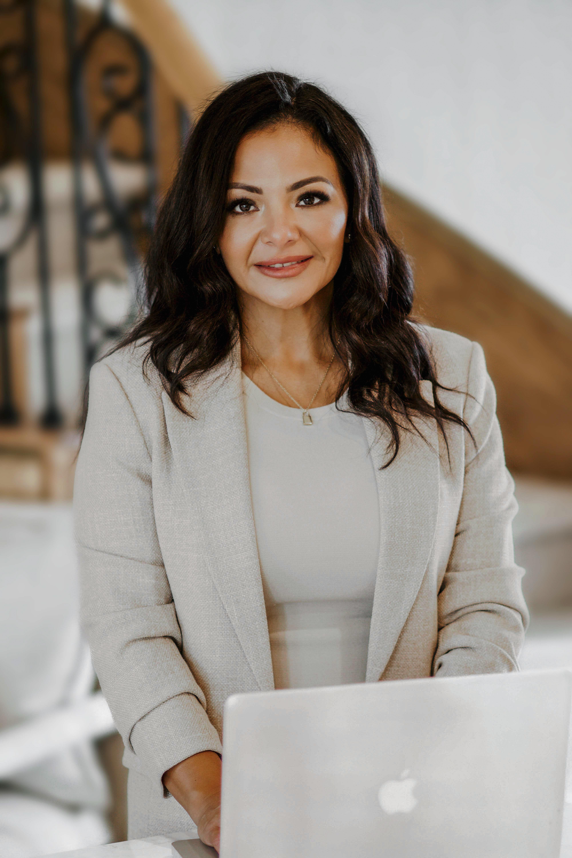 Jessica undefined Salinas