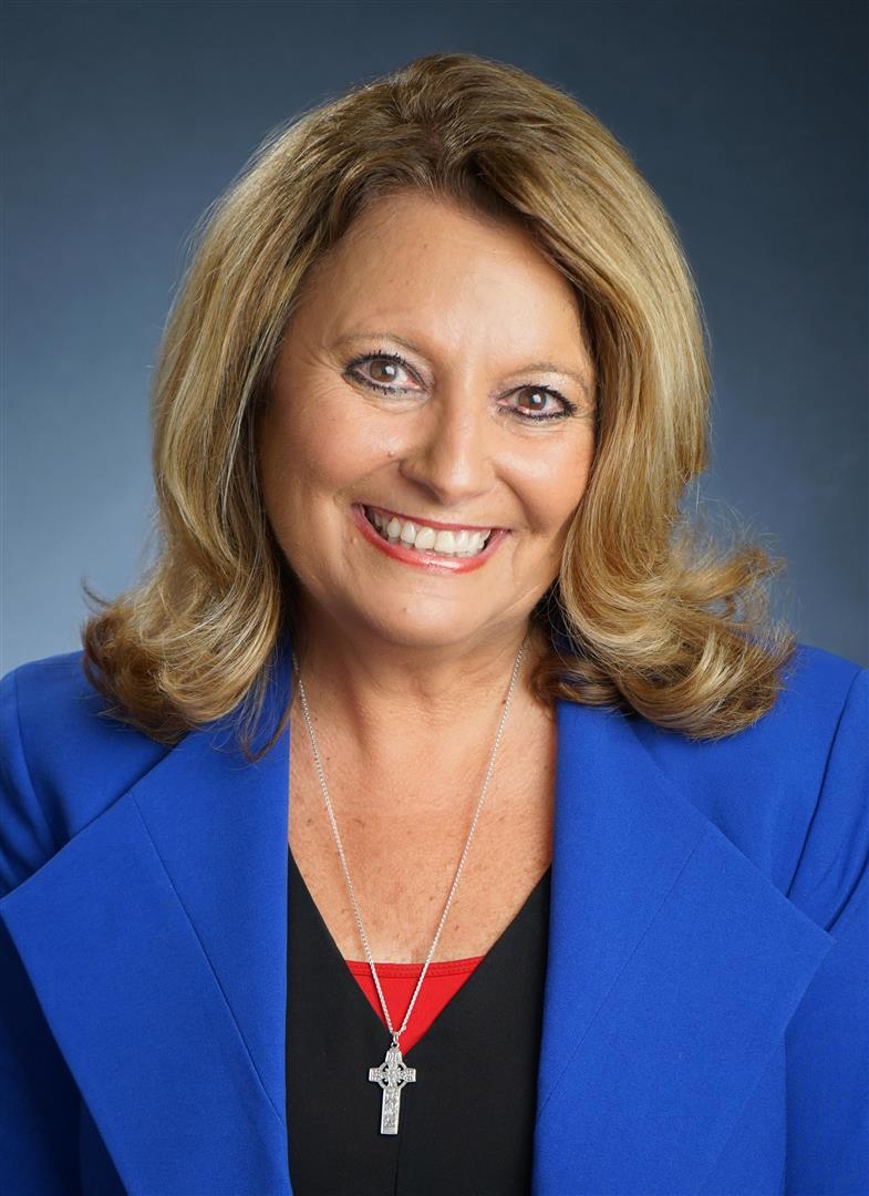 Darlene S Hixon