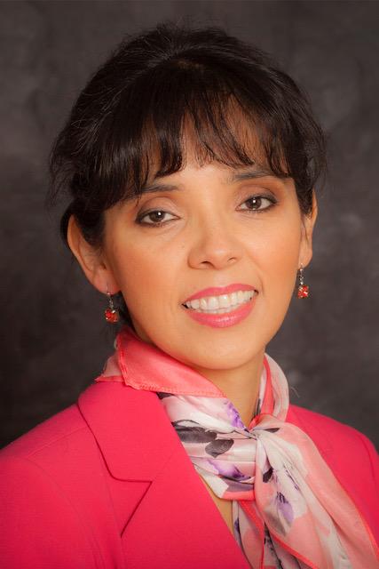Sandra undefined Nunes