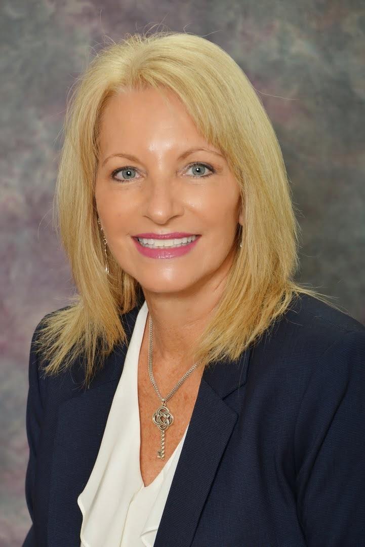 Beth Powanda, PA