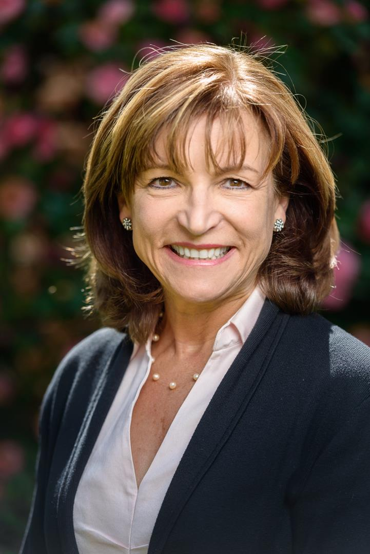 Diane undefined Faulkner