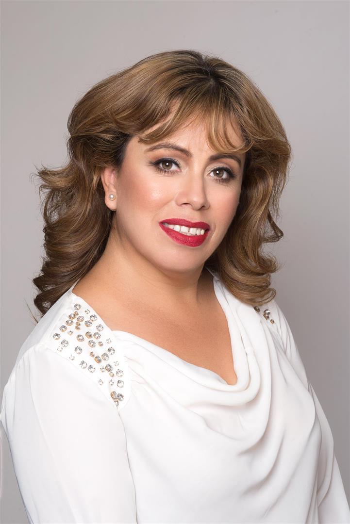 Ana undefined Rivera