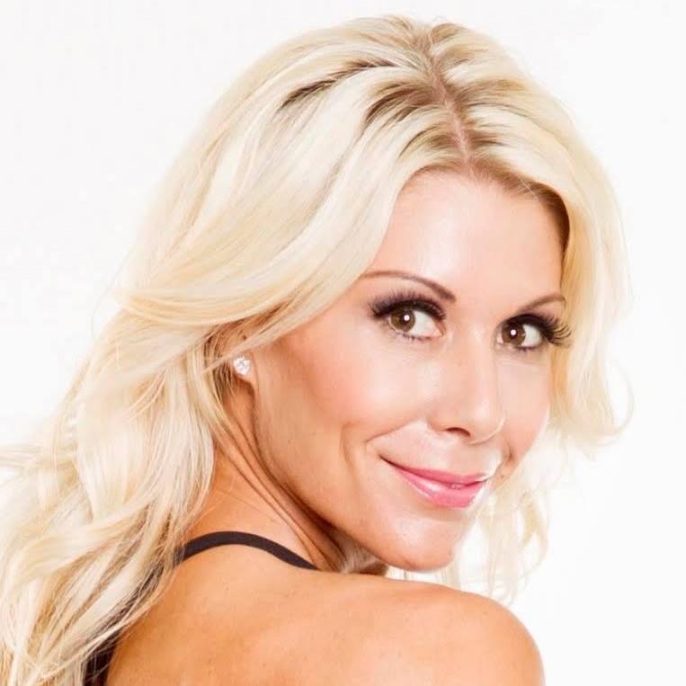 Dana Nicole undefined Mauro
