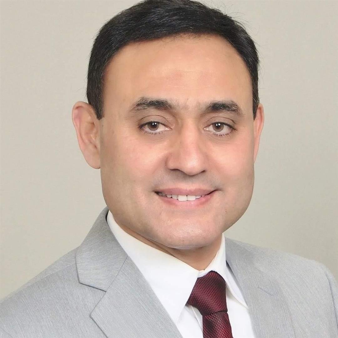 Musharaf undefined Dar