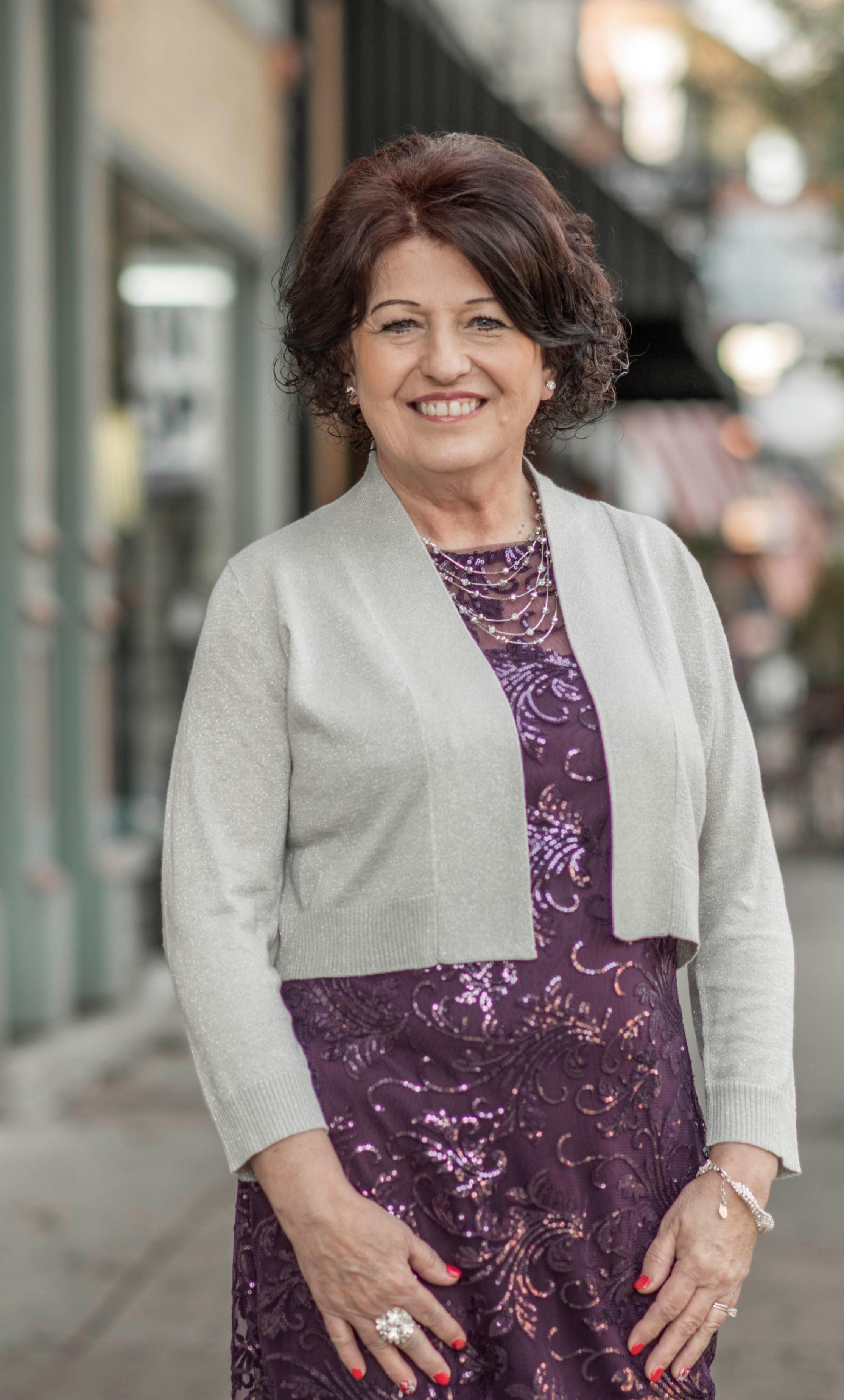 Kimberly D Ward-Van Benschoten