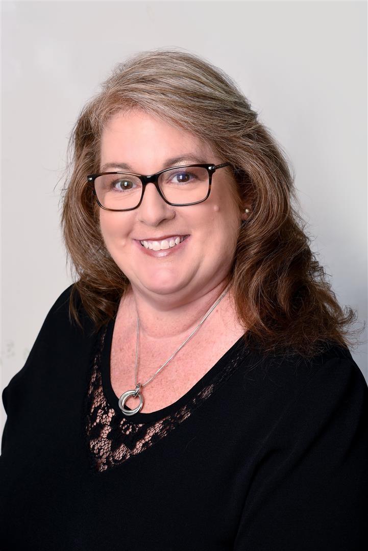 Diane undefined Lyons