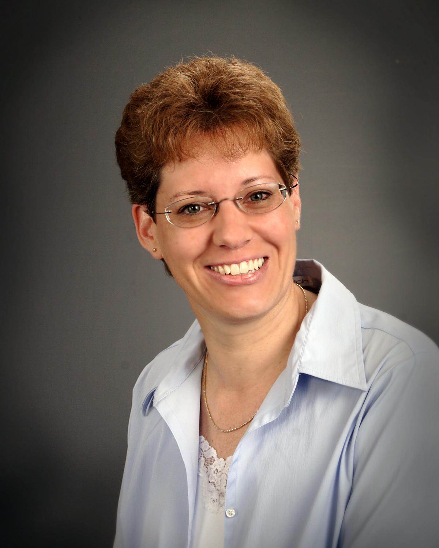 Cynthia undefined Naessen