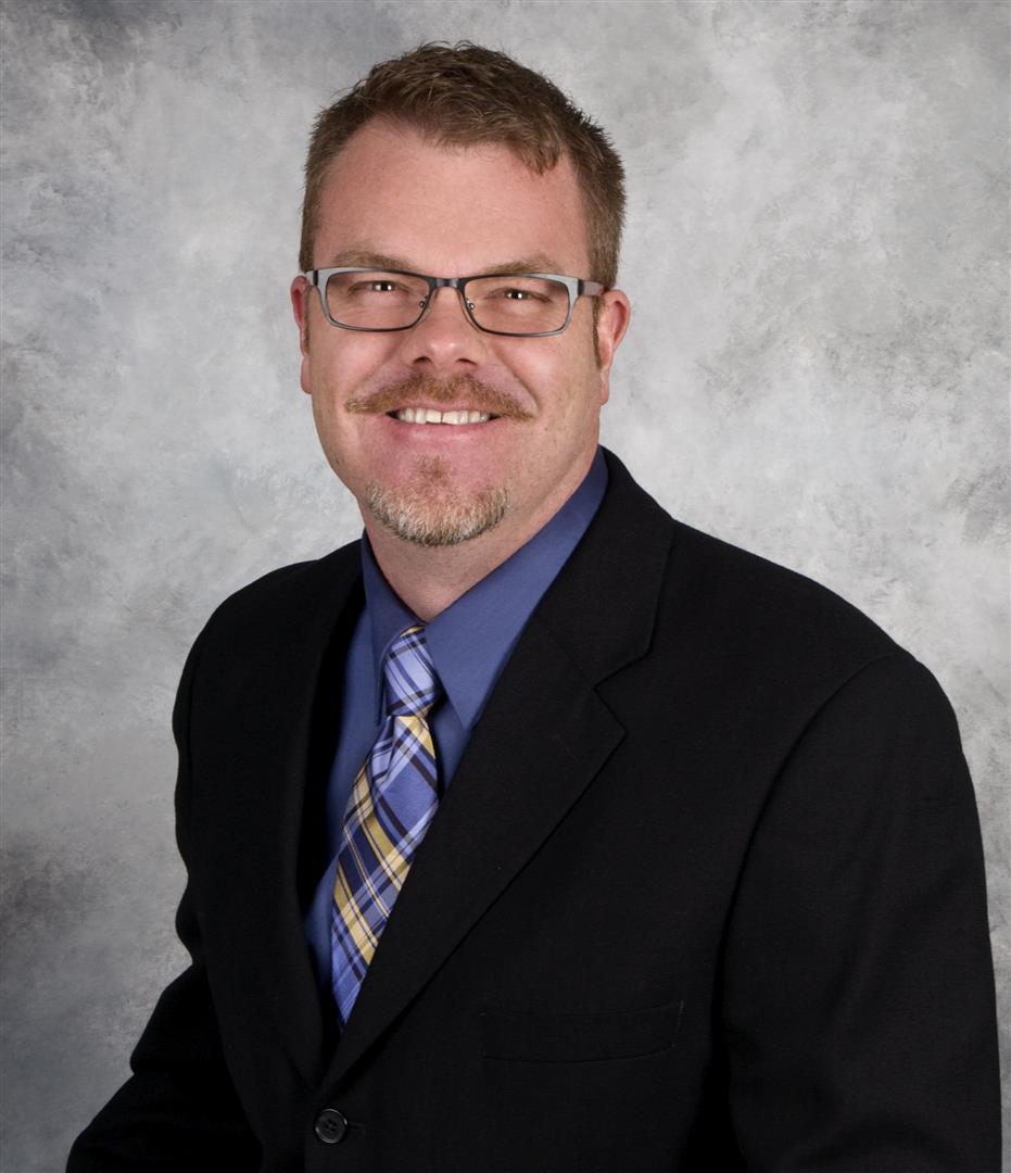 Mike J Husnick
