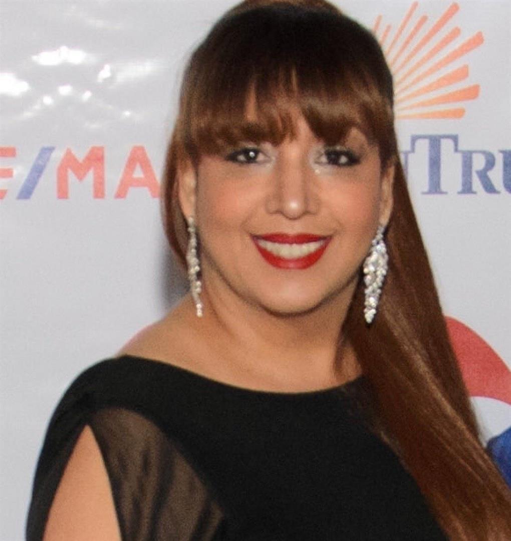 Ada undefined De La Rosa Molina
