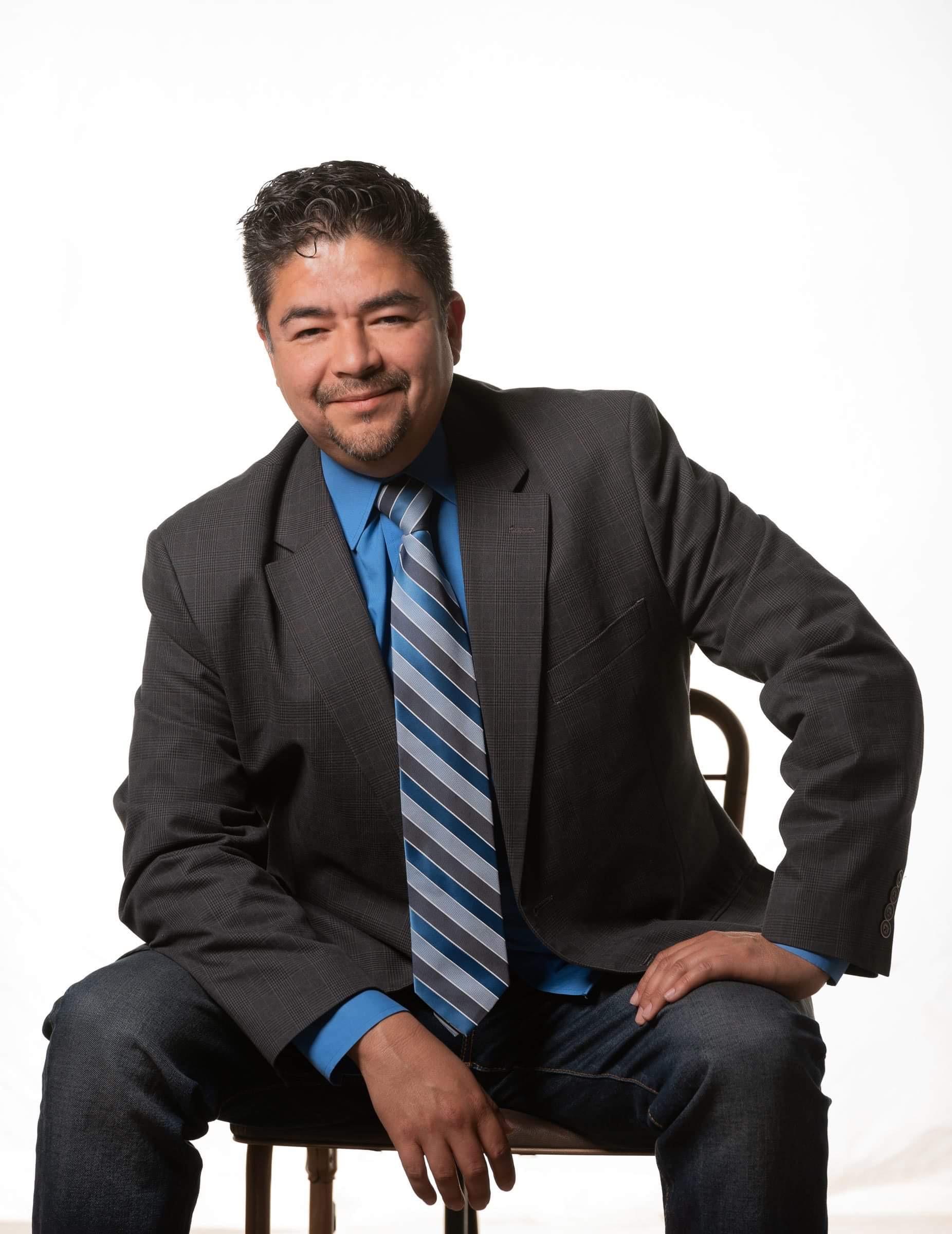 Carlos undefined Lopez