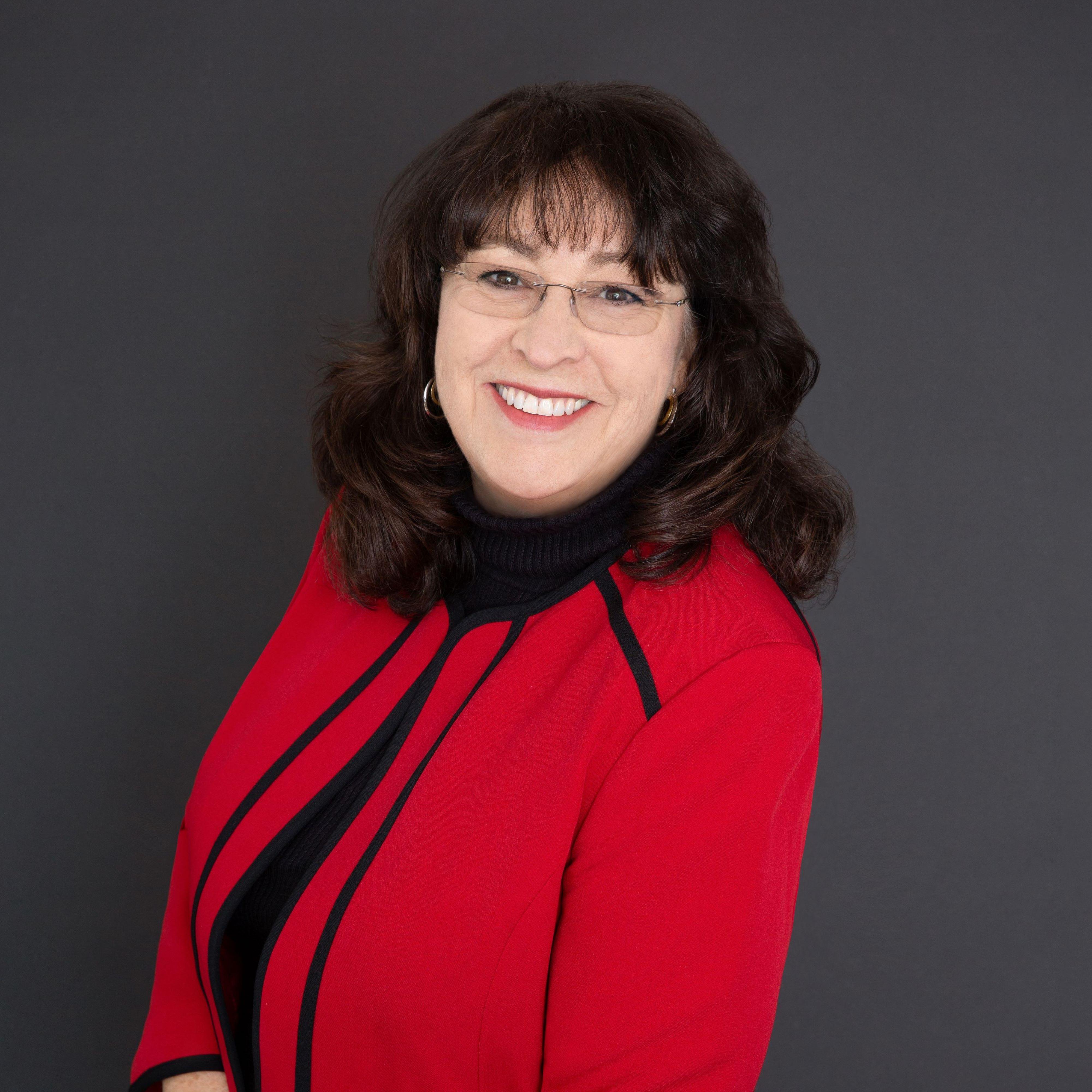 Lynn M Farris