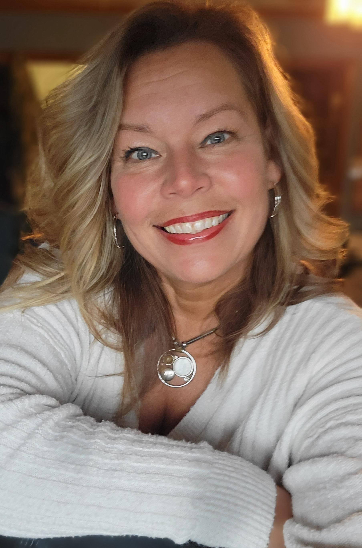 Paula undefined Becker