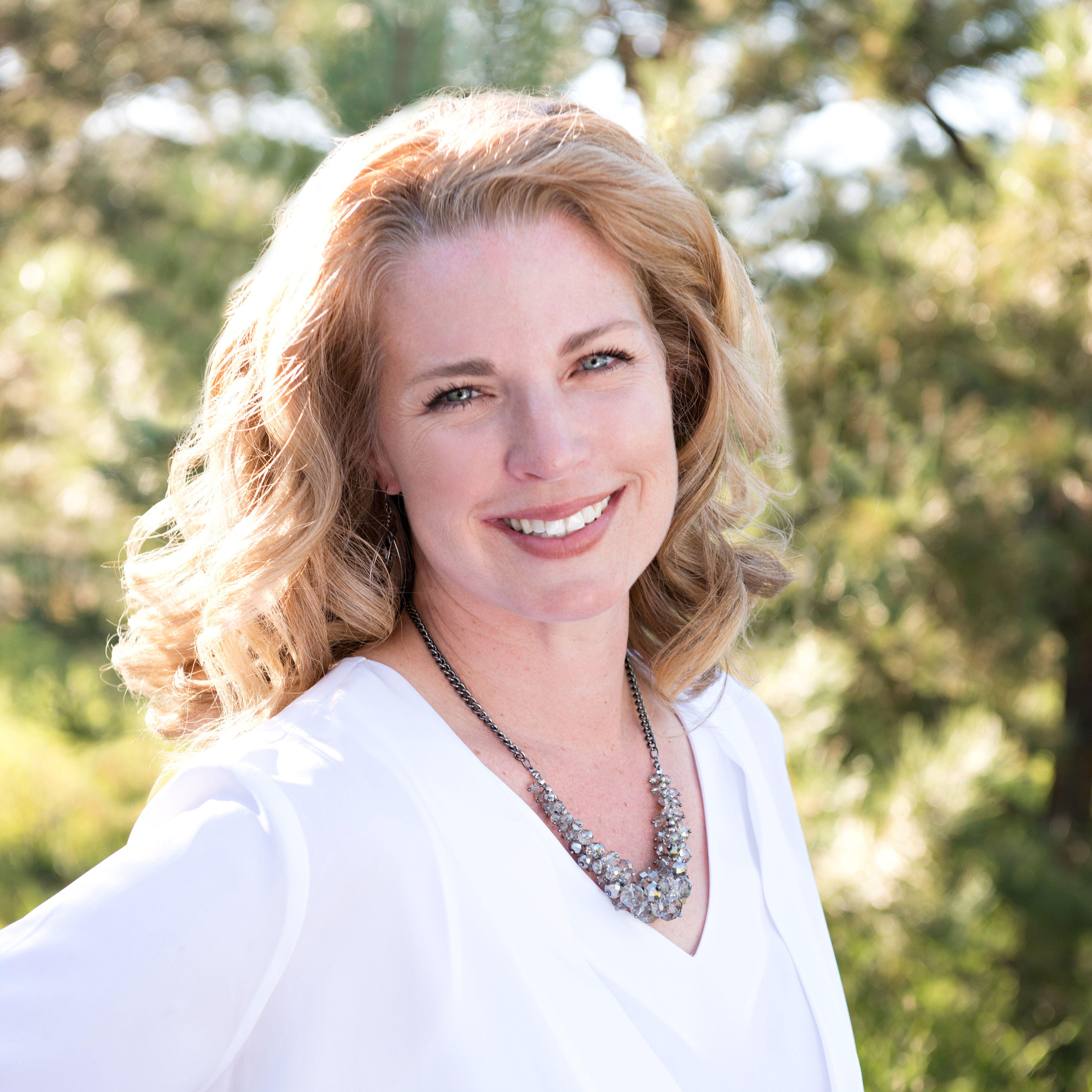 Maggie R. Easton