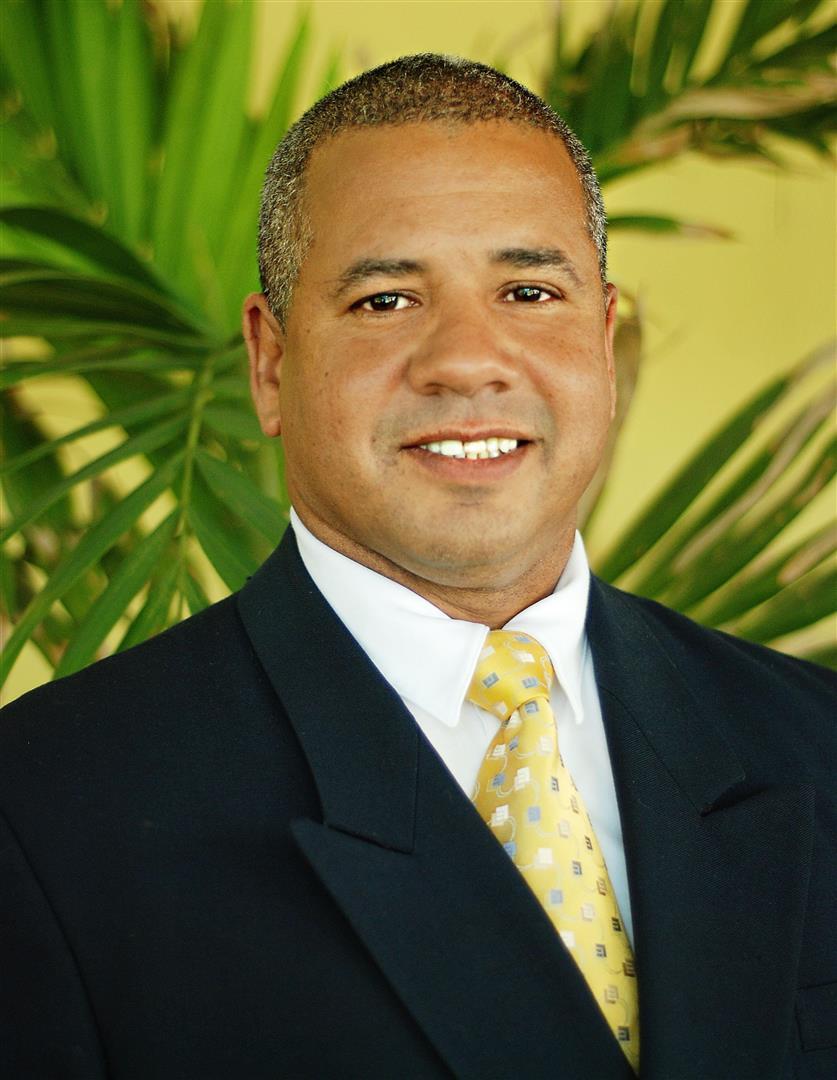 Luis A. Cedrez