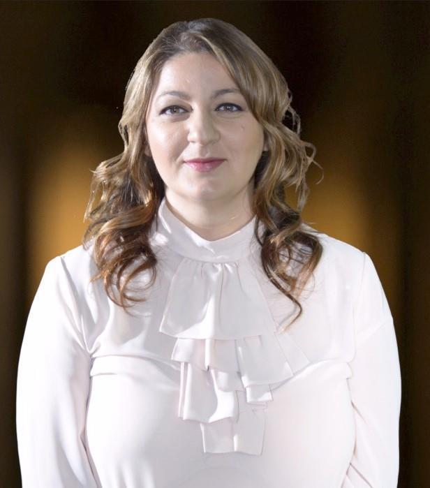Melinda undefined Aghassi