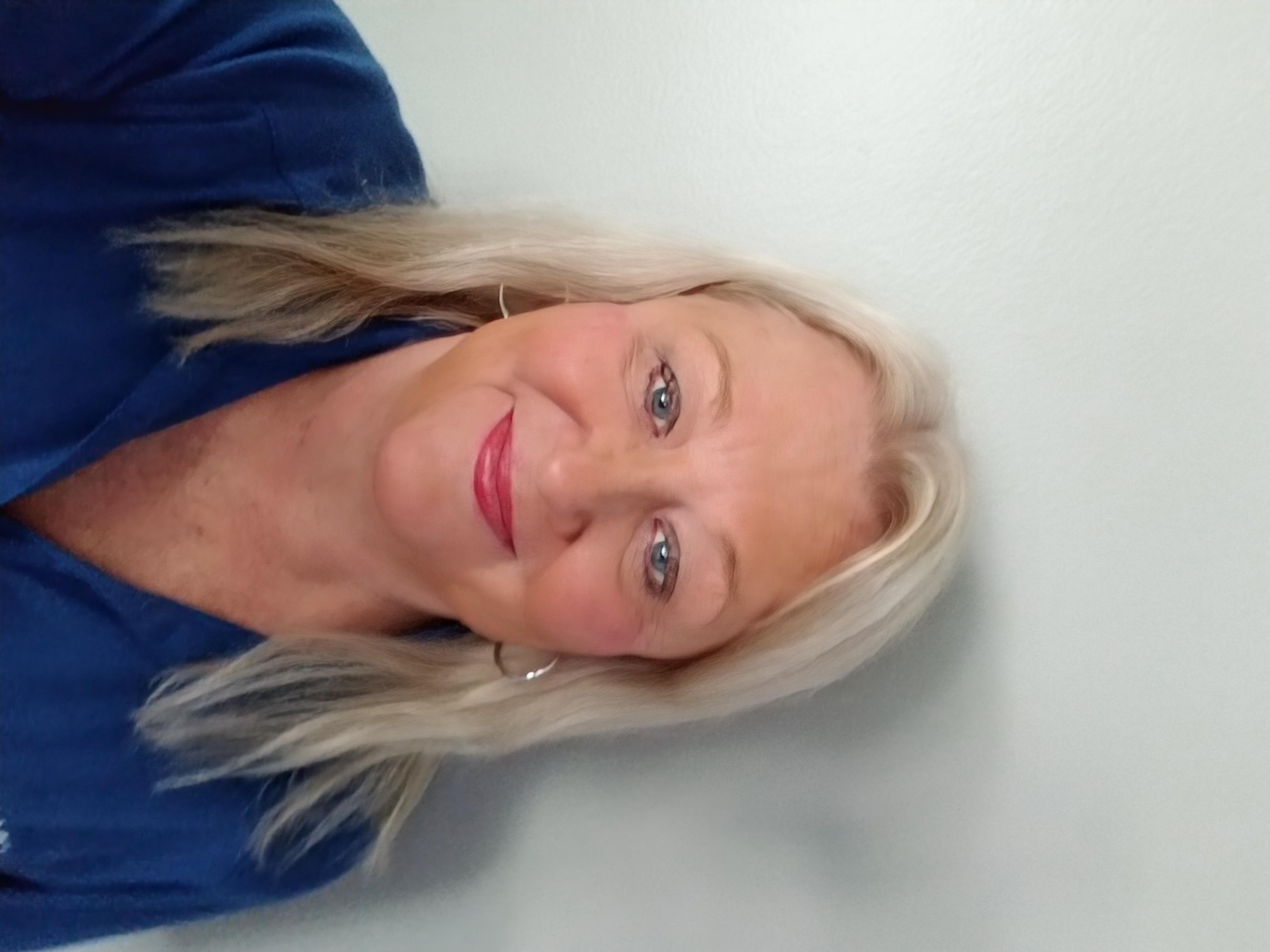 Sue undefined Wells