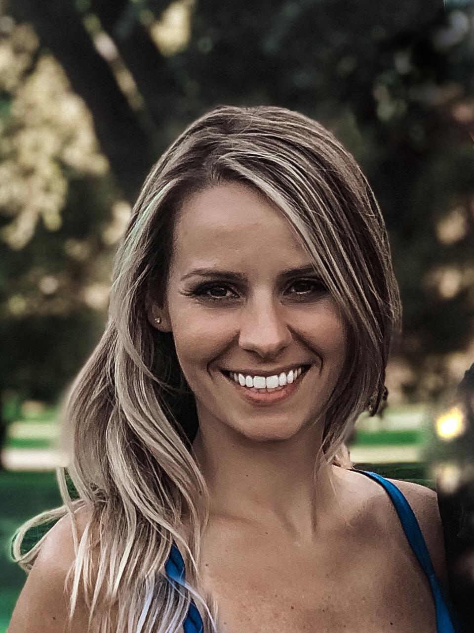 Nicole undefined Souza