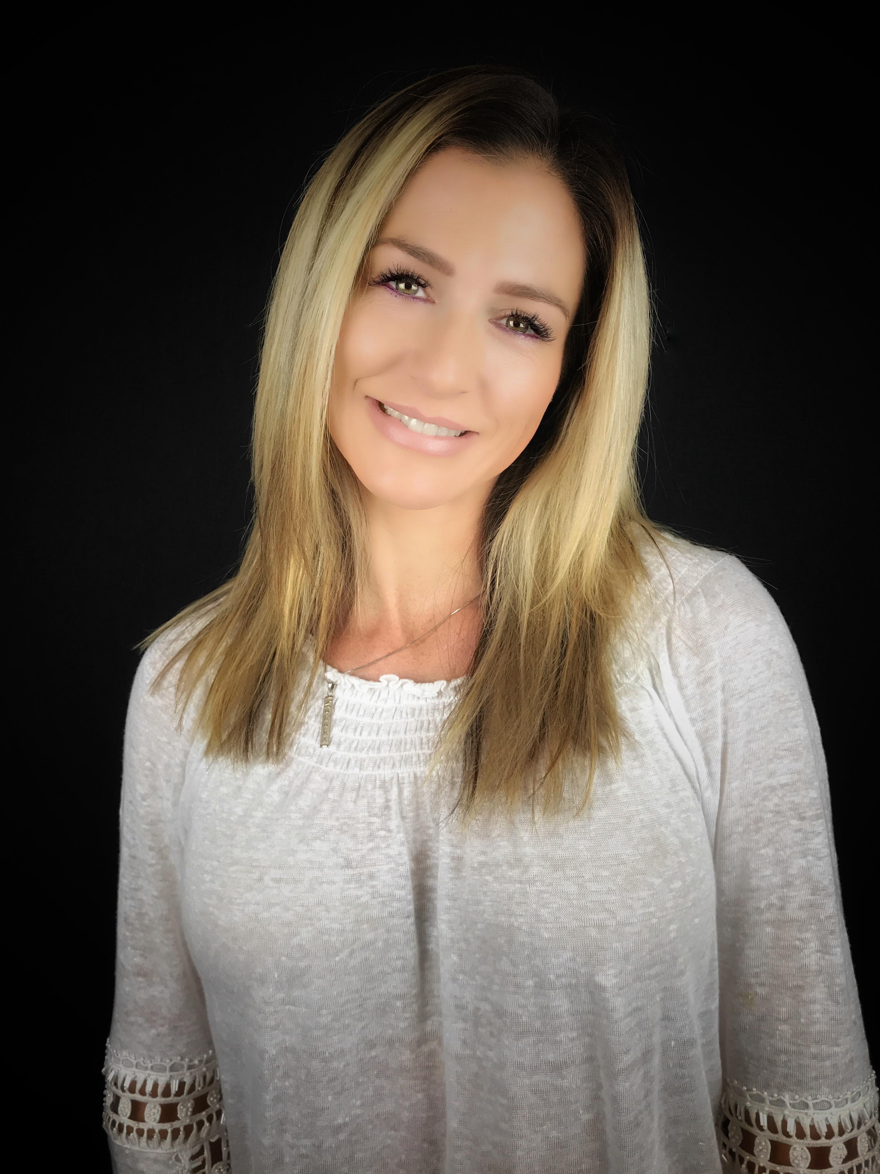 Stephanie Ambroselli