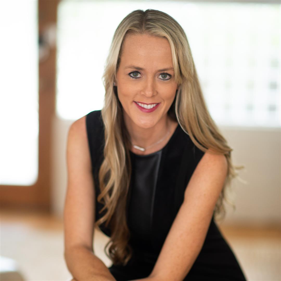 Melanie Schrader