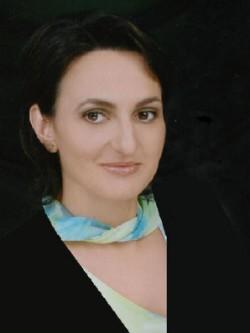 Iuliana undefined Oprea